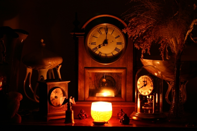 Clocks_in_Candlelight